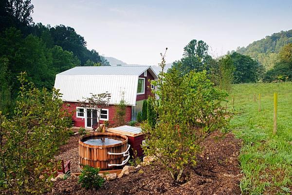 East Fork Farm & Cottages, Marshall, North Carolina | Farm Stay USA