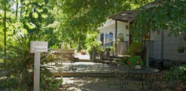 Splendor Farms Bed & Breakfast, Bush, Louisiana | Farm Stay USA