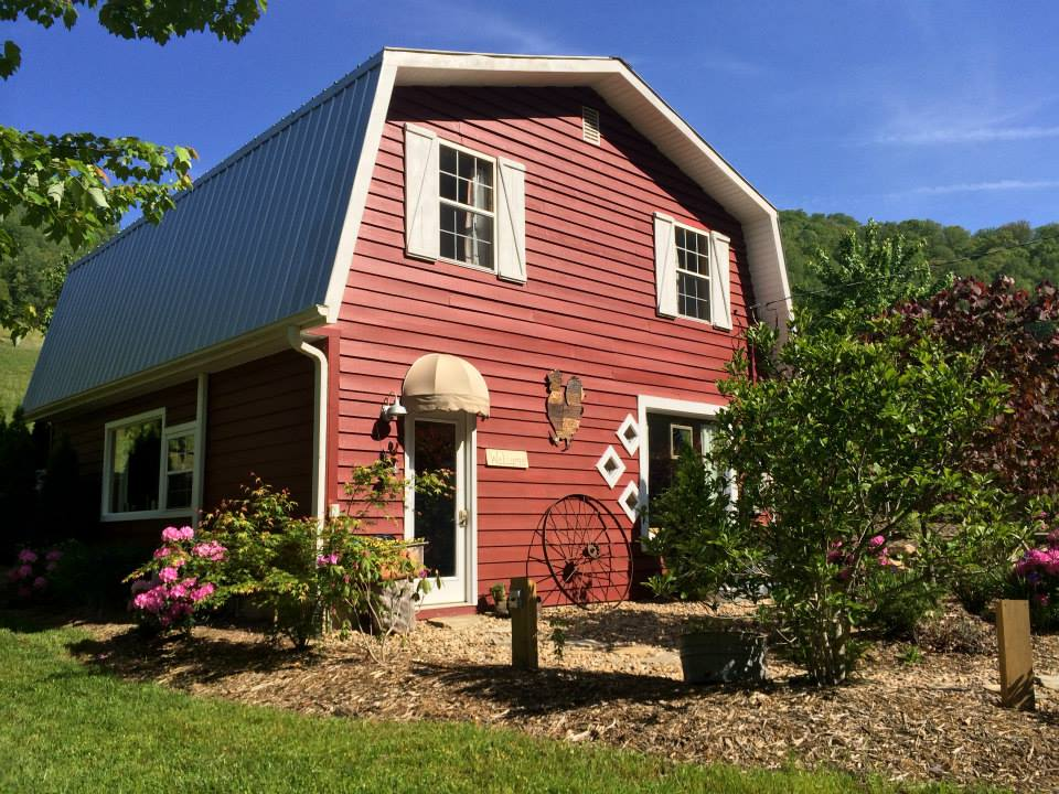 East Fork Farm, Marshall, NC | Farm Stay USA